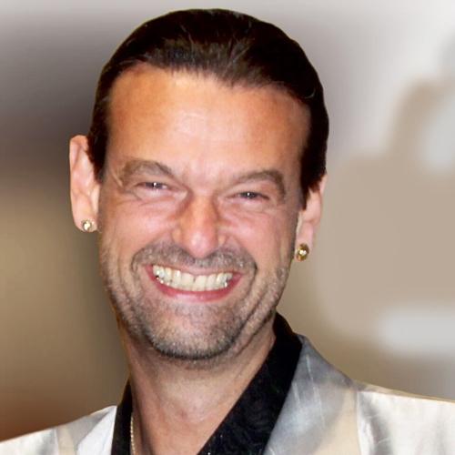 Speaker - Martin Strübin